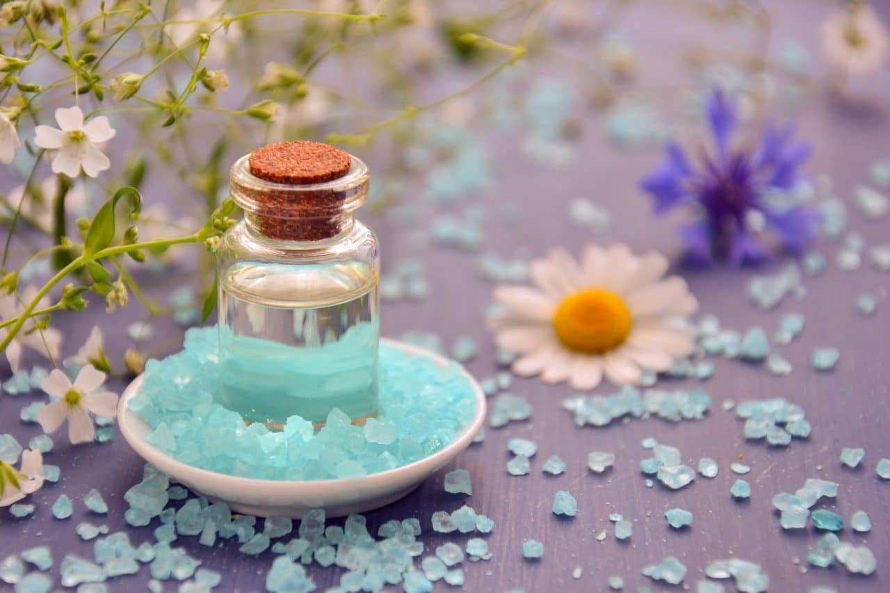 huile fleur décor